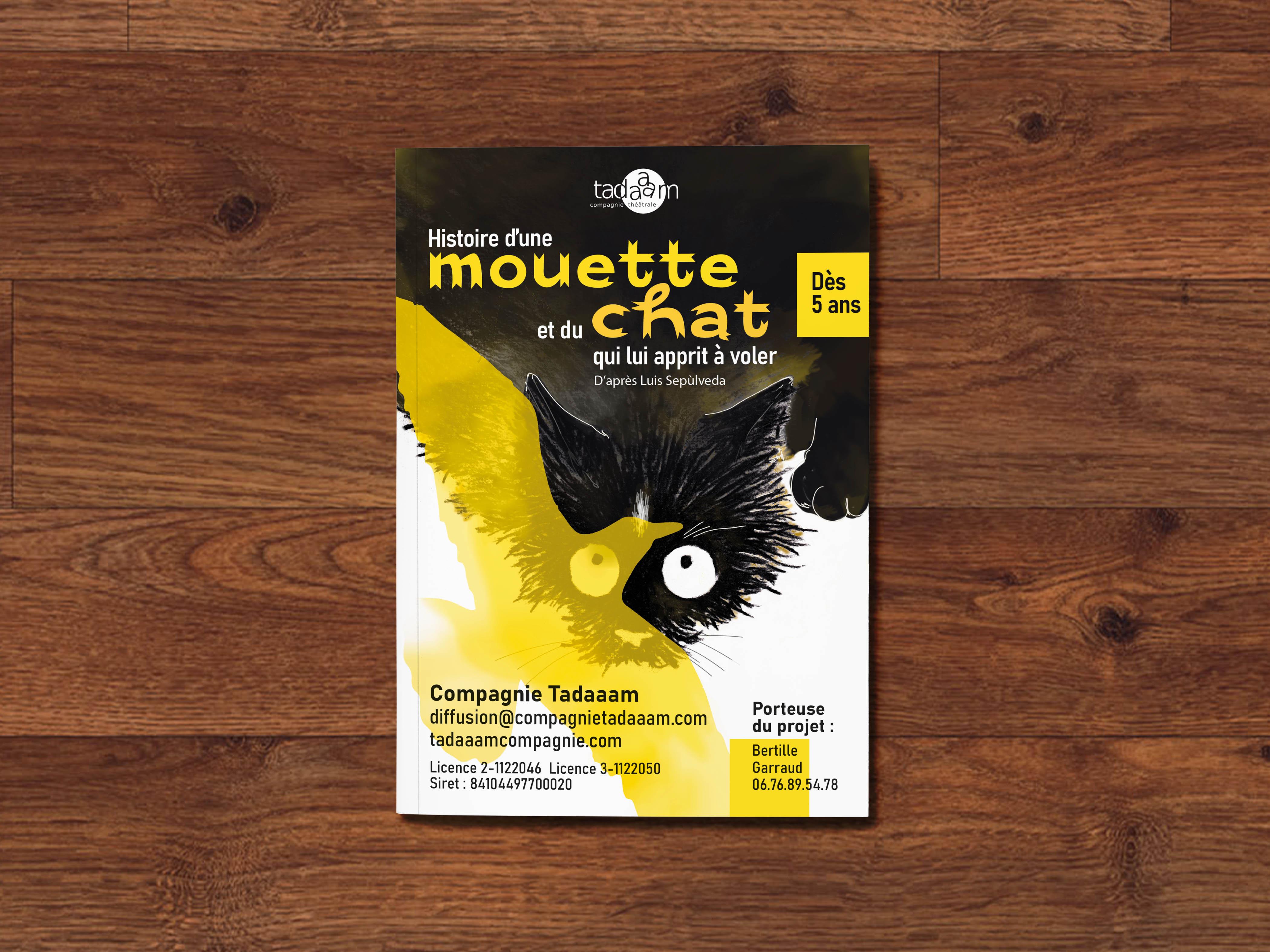 A5 Magazine MockUp (2)